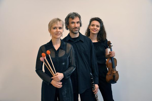 Moa-Trio